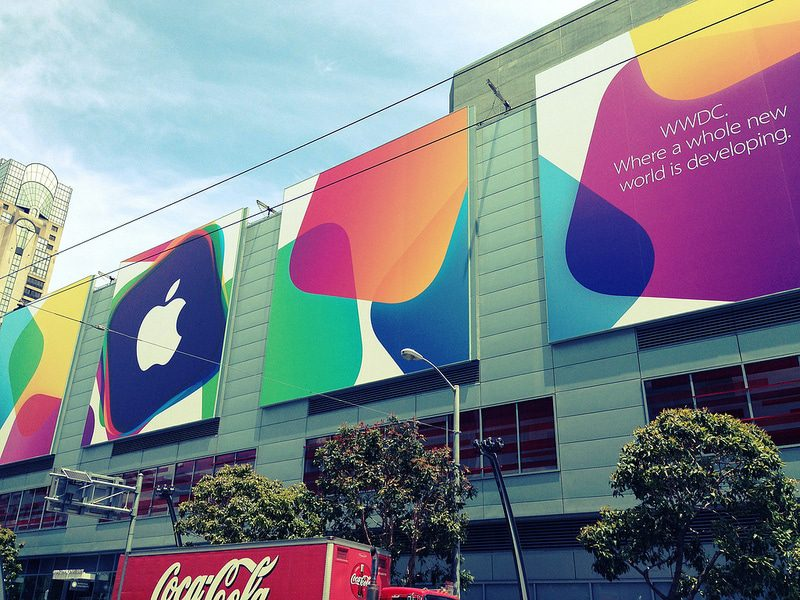 Apple WWDC 2013 banners - Photo by Anita Hart